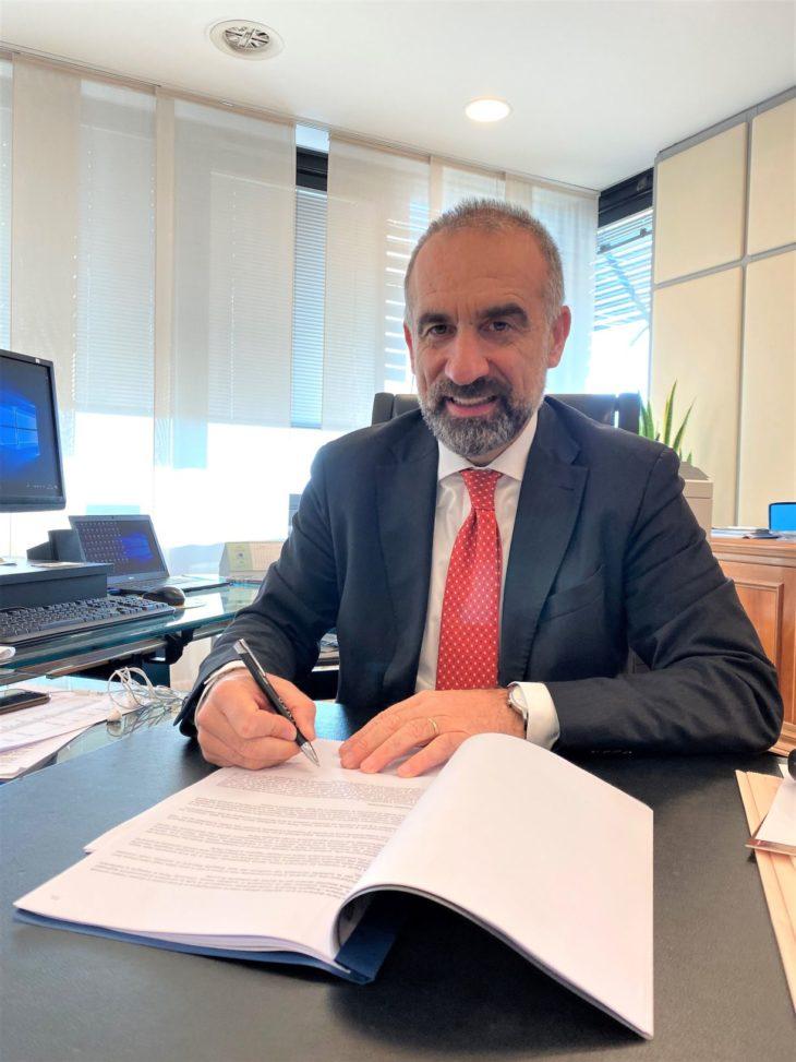 Firma Andrea Burchi