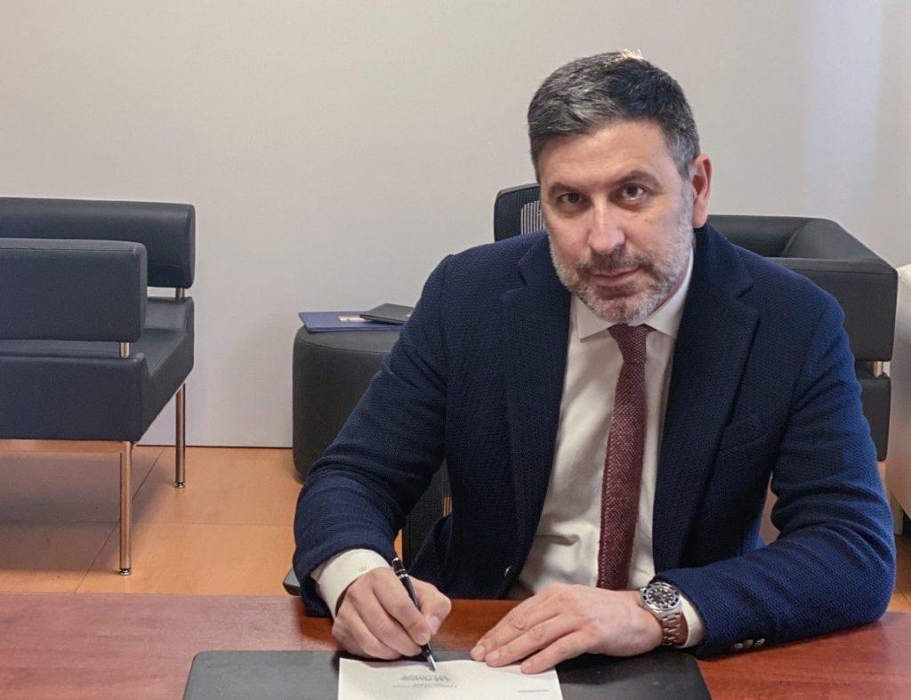 Firma Dario Costantini